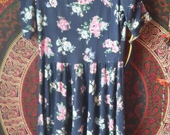 Besutiful vintage eighties dress