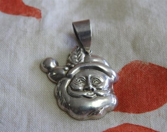 stunning vintage sterling silver santa claus pendant