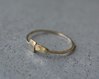 14k gold thin ring,14k gold handmade delicate ring,hammered gold band