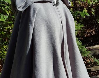 Short Fleece Cloak - Medium Grey Full Circle Cloak Cape with Hood