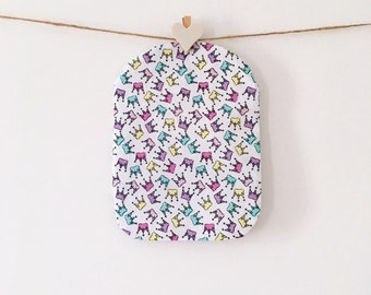 Ileostomy Pouch Cover - Crowns