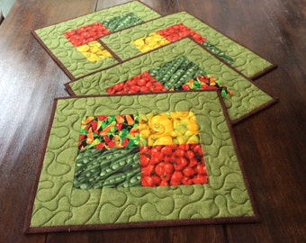 Handmade Vegetable Quilted Placemats,Table Topper. Home Decor, 4 Red Green Place Mats.Patchwork Placemats. Gift