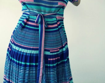 Viscose blue and pink pleated dress