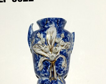 Vintage small vase, Blue and white with while lily - EP0022
