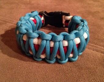 Handmade patriotic paracord bracelet