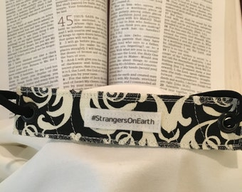 Rivet Bracelet '#StrangersOnEarth'