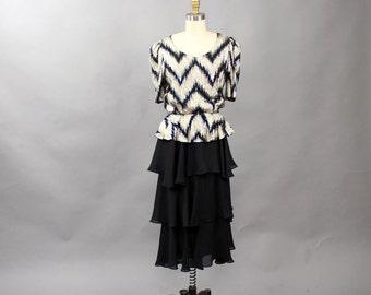 AS IS SALE vintage disco dress . black and gold lurex dress with flounce skirt . 1970s 1980s ruffled tango dress . womens medium large dress