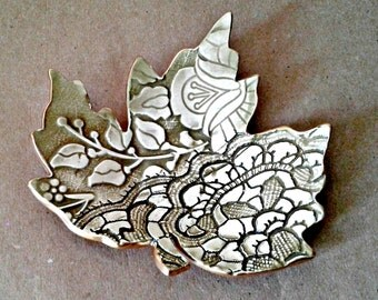 Ceramic Leaf Ring Dish Sage green and white with gold edging