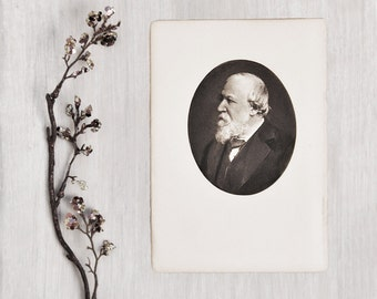 Vintage Robert Browning Portrait Art Print - small oval lithograph from a photograph book plate - Victorian English poet