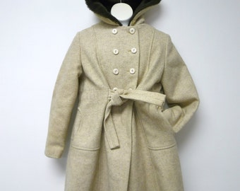 The Philadelphian for Girls . 50s to 60s wool pea coat . hooded . fits a girls 7 to 8