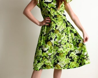 Vintage 1960s Dress - Bright Lime Green Floral Golden Dress - Large