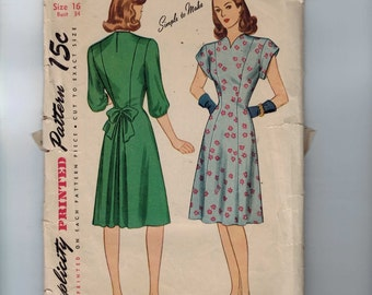 1940s Vintage Sewing Pattern Simplicity 1560 Misses Princess Seam Day Dress Size 16 Bust 34 1940s