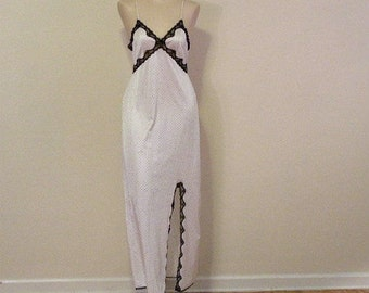 70s Sears Dotted Long Gown  Small