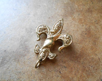 victorian revival fleur de lis watch pin - vintage 1940s brooch costume jewelry