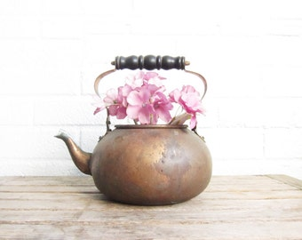 Vintage Copper Teapot - Rustic Tarnished Early Copper Tea Kettle with Wooden Handle - Shabby Chic Tea Pot Planter - Upcycle