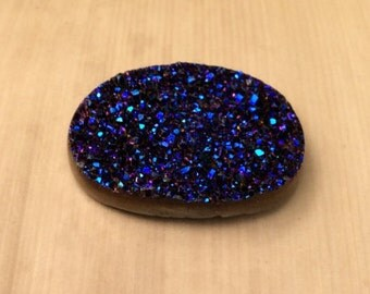 Natural Druzy Quartz - ONE Oval Peacock Druzy Quartz averaging 13x18mm, 7 carats - LSG166
