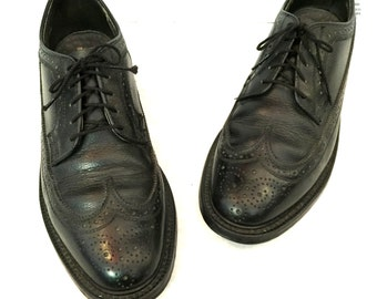 Vintage Wingtip Mens Oxfords Mens Wingtip Shoes Black Leather Wingtip Lace-up Oxfords Dexter Shoes Mens Size 8 8.5 Black Leather Oxfords