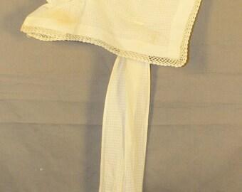 SALE! Vintage Child Size Prairie Bonnet, White, 1920's to 1930's Era