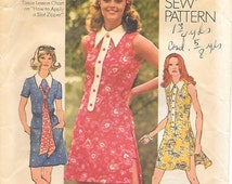 Simplicity 9883 1970s Mini Dress and Short Shorts Vintage Sewing Pattern Miss Petite Bust 36