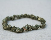 Golden gemstone bracelet - beaded bracelet - gemstone jewelry - pyrite beads - rough gemstone Crystal Stretch Bracelet