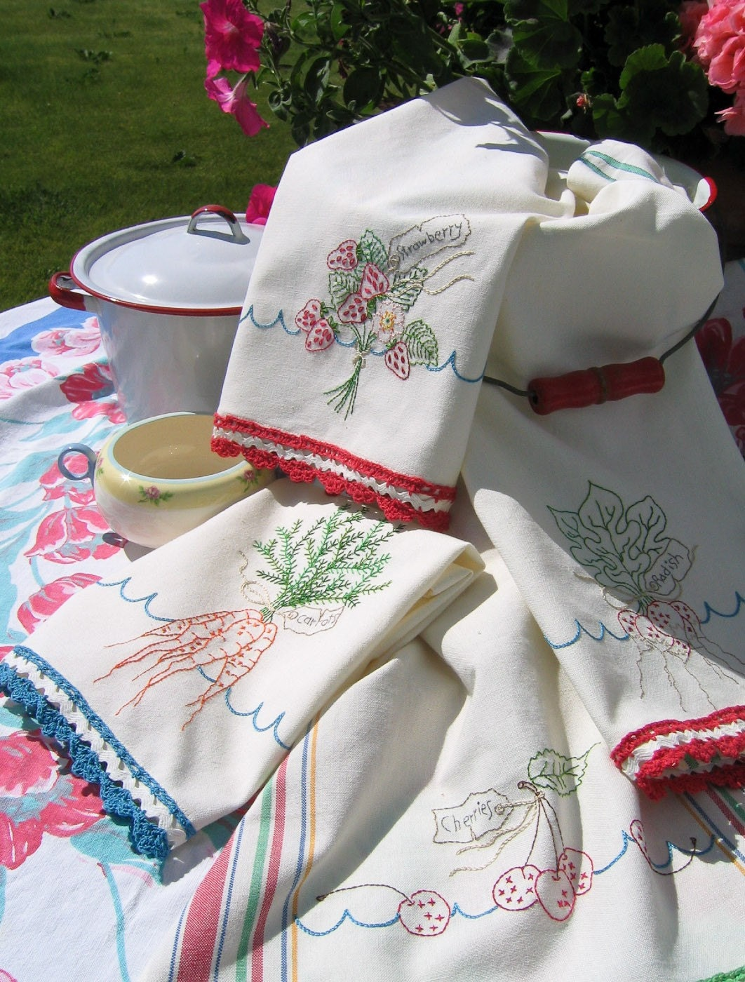 Victory Garden Tea Dish Towels 254 Hand Embroidery Pattern