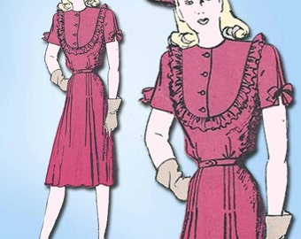 1940s Vintage Butterick Sewing Pattern 2981 Misses Street Dress Size 14 32 Bust
