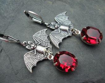 Driving me Batty Earrings - Halloween Earrings - Dracula Earrings - E32