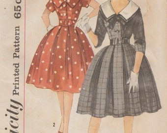 Simplicity 3794 / Vintage Sewing Pattern / Dress And Detachable Collar / Size 14 Bust 34