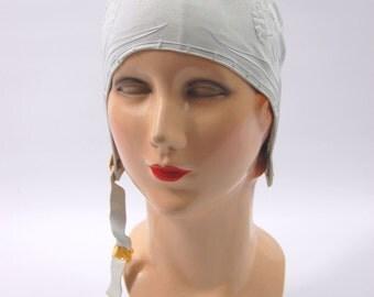 1950s Rubber Bathing Cap - Medium Size 22 // US Howland hair Dry Swim Cap // White bathing cap with chin strap