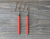 RED HOT. Minimalist vintage red glass earrings.