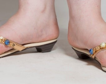 Vintage 1960s Gold Jeweled Sandals - Tappini Shoes  - Summer Fashions Size 6-7-8