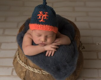 NEW YORK METS Hand Knit Baby Hat - Mets Baby Hat - Hand Knitted Baby Hat - Baseball Baby Hat
