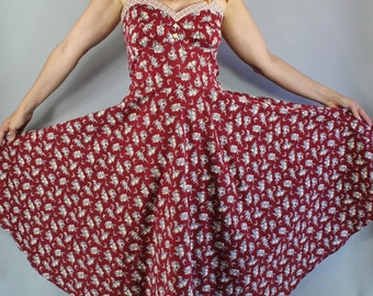 Vintage 70s Women's Gunne Sax Burgundy Floral Print Prairie Peasant Full Skirt Midi Length Sundress // Summer Day Dress // Wedding Guest