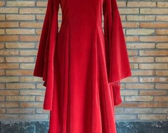 Melisandre fantasy medieval renaissance dress,velvet, custom made