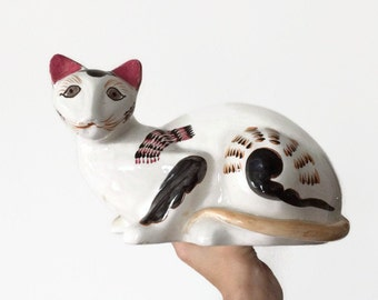 Vintage ceramic cat figurine, vintage reproduction Staffordshire cat