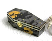 Halloween Coffin Box Spooky Bats and Moon Halloween Decor Decoration Goth Gothic Jewelry Box Decorated Coffin Trinket Box Black Gray Yellow