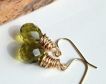 Briolette Earrings, Chartreuse Earrings, Faceted Earrings, Quartz Earrings, Lemon Lime, Green Tinged, Brass Dangle Earrings