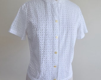 1950s White broderie Anglais cotton blouse / 50s unfitted penny collar shirt - M