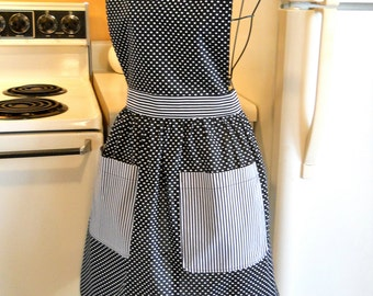 Women's Vintage Style Black Polka Dot Apron