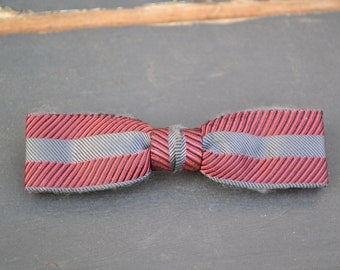 1950s Arrow Striped Skinny Clip-on Bow Tie