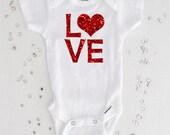 Love with Heart Valentine Shirt, Red Glitter Bodysuit, Girl Valentine Shirt, First Valentine Gift, Newborn Gift, Baby Shower Gift (SH026)