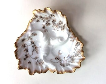 Antique OysterPlate - French Limoges Porcelain - Collectible OysterPlate Wedding Gift