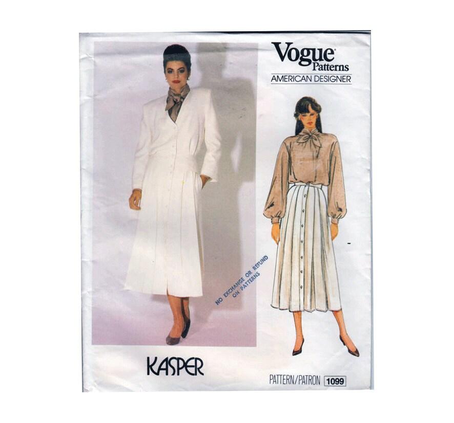 Traje chaqueta Kasper diseñador americano mujeres moda con una