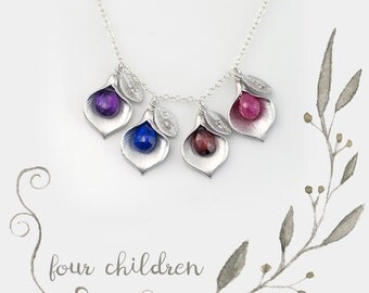 Family Tree Necklace - OOAK Mothers Personalized Birthstone Jewelry - Mothers Gift - Personalized Necklace - Name Necklace - Calla Lilly
