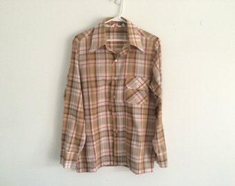 1970s mens plaid oxford button up shirt , levi strauss , retro preppy hipster , medium