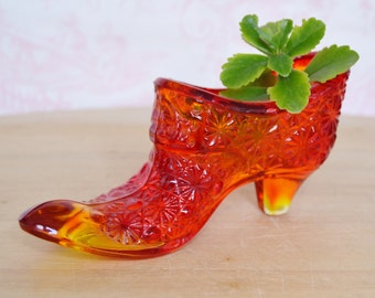 Vintage Red and Orange Glass Slipper Shoe with Daisy Design