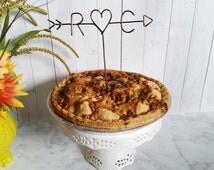 Rustic Pie Topper - Wire Pie Topper - Arrow & Initials Pie Topper - Custom Pie Topper - Rustic Chic - Name Pie Topper - Wedding Pie Topper