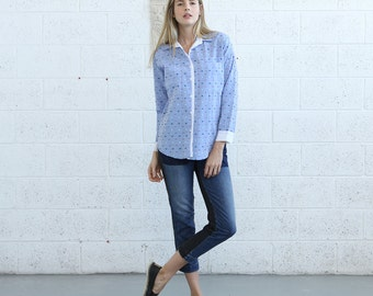 Button shirt with pockets, button up blouse, jacquard shirt.