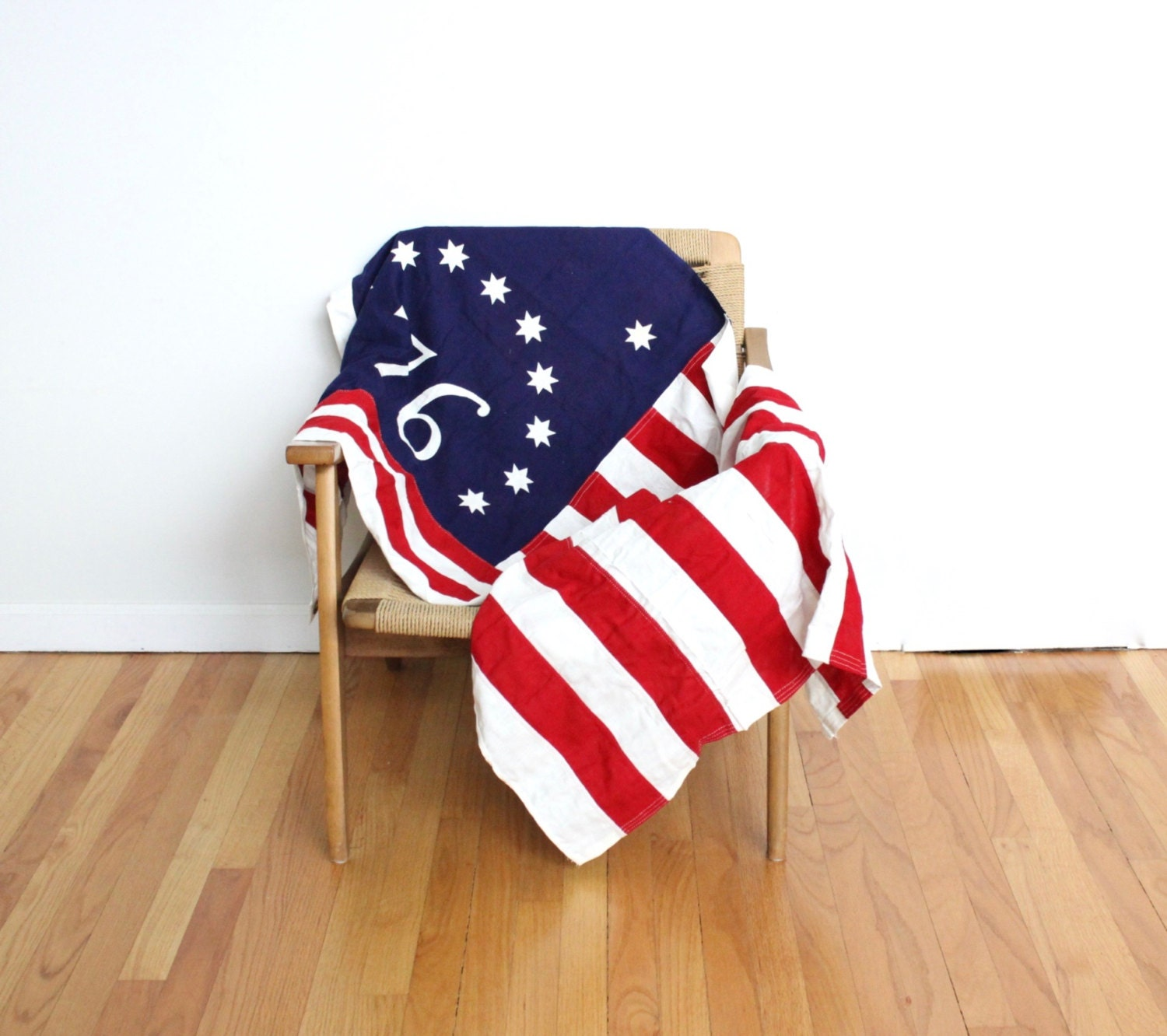 large rustic american flag bicenntenial wall hanging 3 39 x. Black Bedroom Furniture Sets. Home Design Ideas