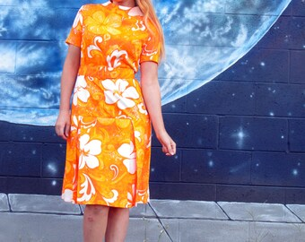 1960s psychedelic hawaiian floral DRESS bright fitted pleats high futuristic collar hibiscus by Krist made in San Francisco // size S / M